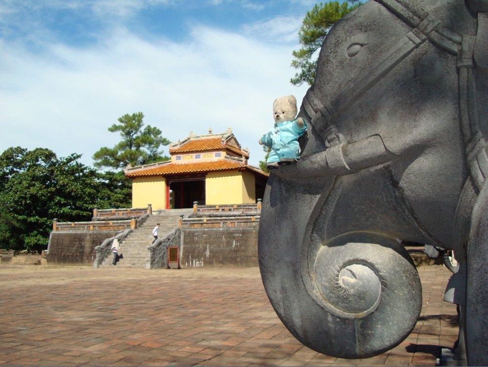 tombeau Minh Mang 1